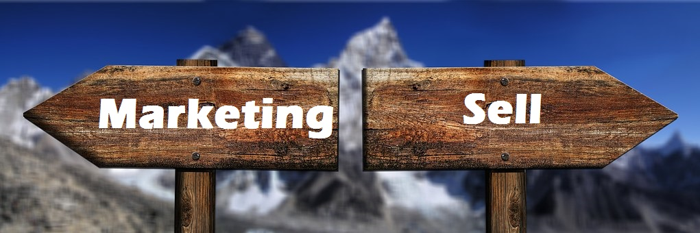 difference between Marketing and sales